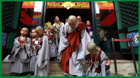 The Buddhist Monk Robes in Korea