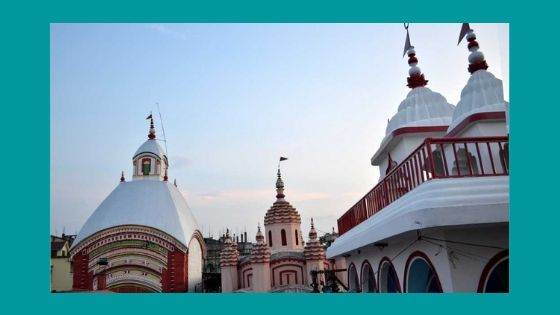 How is the Architecture of Tarapith Temple Designed