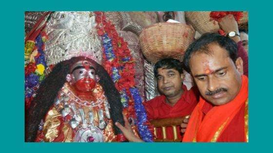 What are the Puja and Festivals celebrated at Tarapith Temple