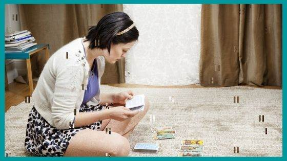 How to do the Cleaning of the Tarot Cards